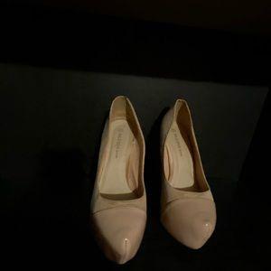 Shoes - Cream heels - pointy toe
